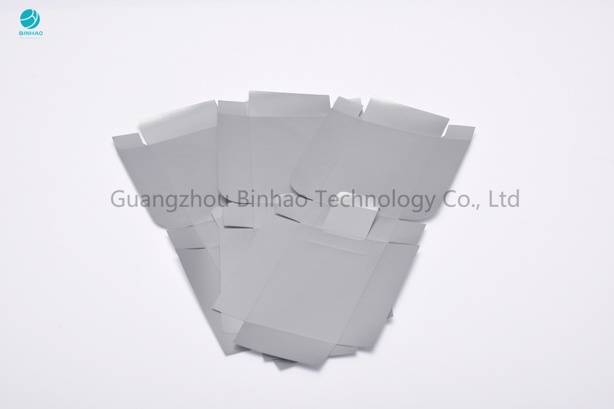 Waterproof 42 Micron Silver Aluminium Foil Paper With PET Film For Cigarette Inner Packaging
